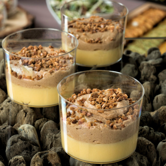 Mousse praliné, crème à l'orange