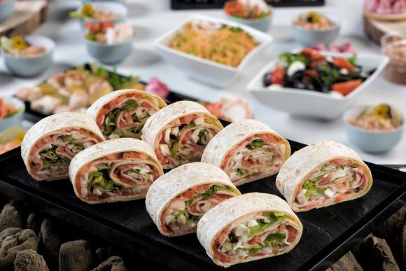Wrap porchetta, mozzarella et tomate (50 grs)