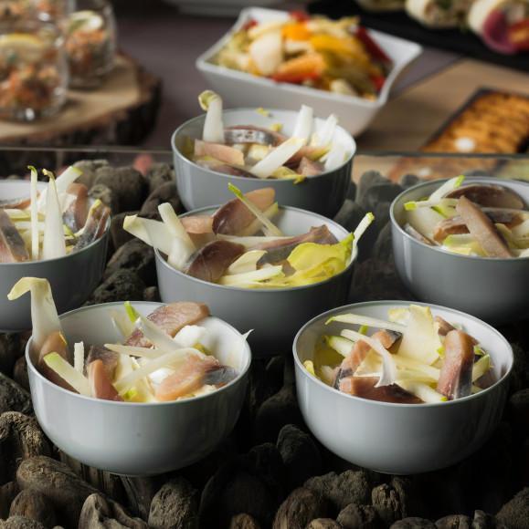 Salade d'endive, pomme fruit et hareng (pokebowl)