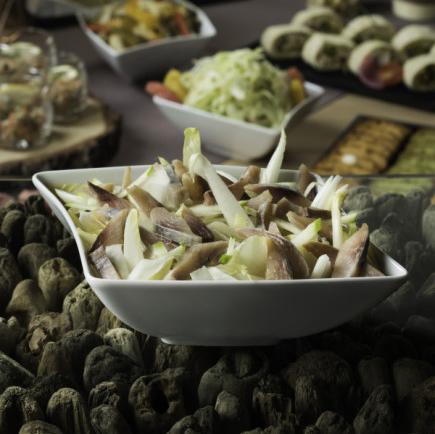 Salade d'endives, pomme fruit et hareng fumé