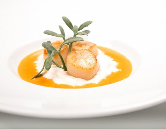Risotto de Noix de Saint Jacques, sauce homardine