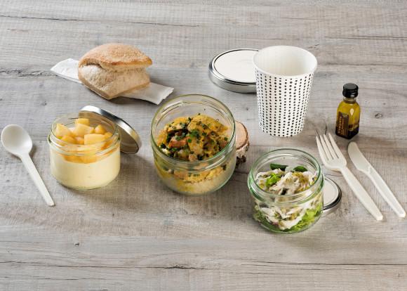 «Plume» (Salade de raie/Poulet/Chiboust vanille pommes)