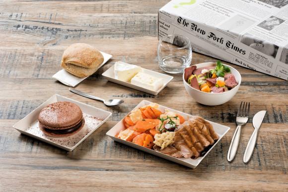«Lavande» (Salade fromagère/Porc/Macaron)
